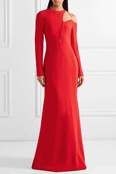 8b7f2c8be391 Il secondo abito è tutto in paillettes rosse per accendere con stile la  vostra cena di Capodanno. Un vestito top quello di Ashish con cinta da  stringere per ...